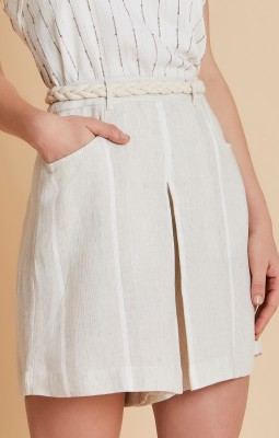 linho shorts