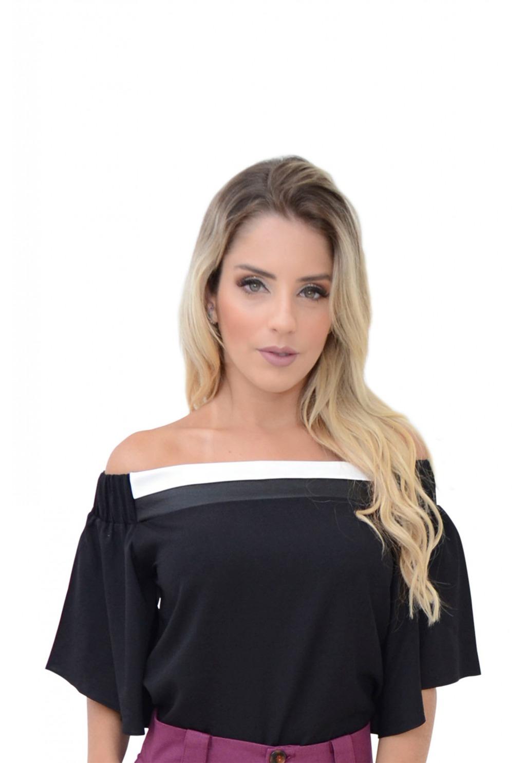 Blusa Mamorena ombro elástico recorte