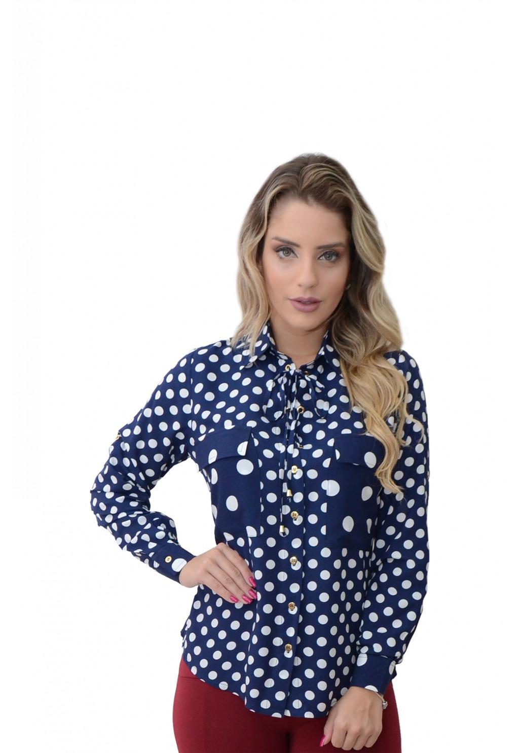 Camisa Mamorena poa com bolso e amarração