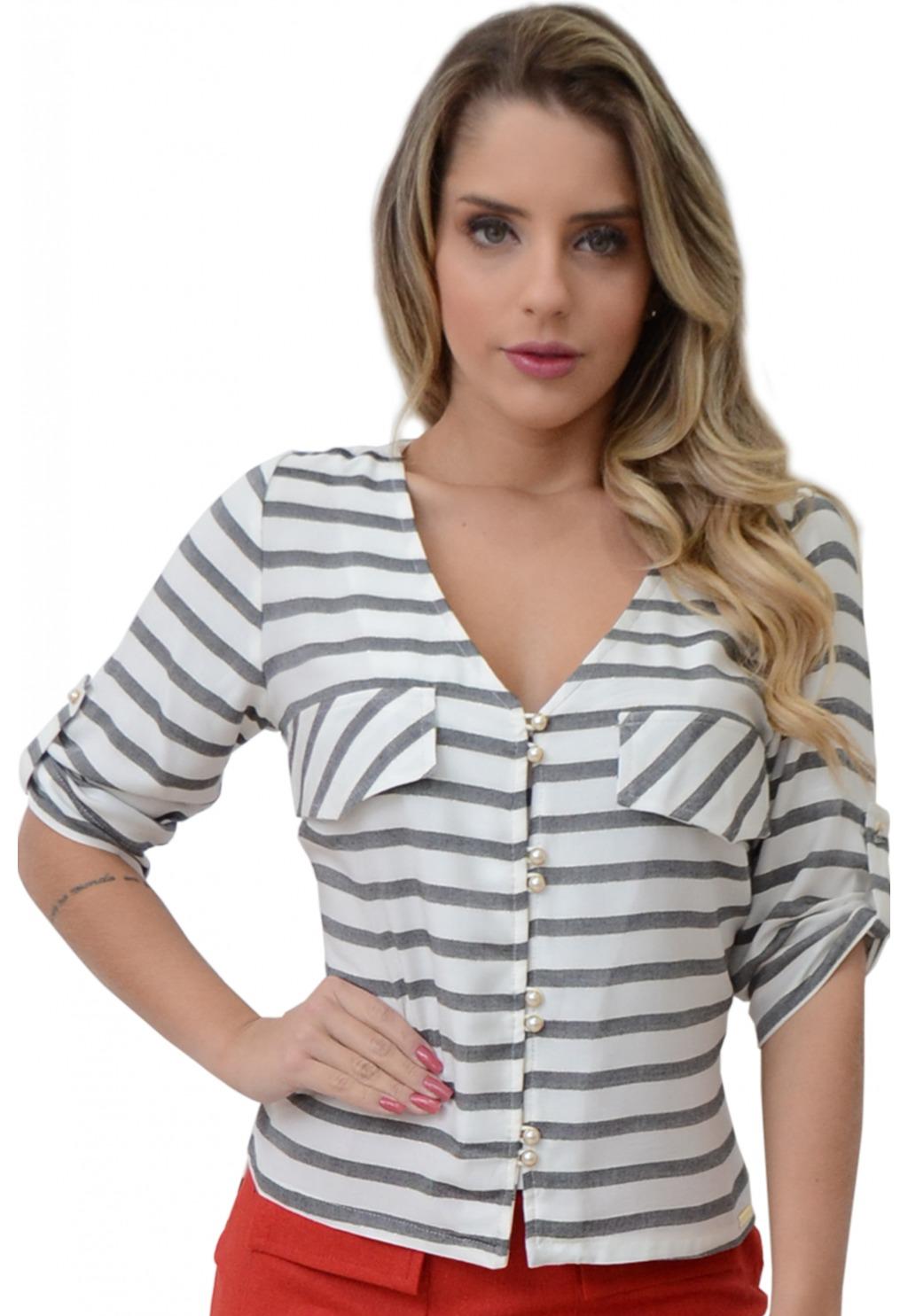 Camisa Mamorena listrada com botões pérolas