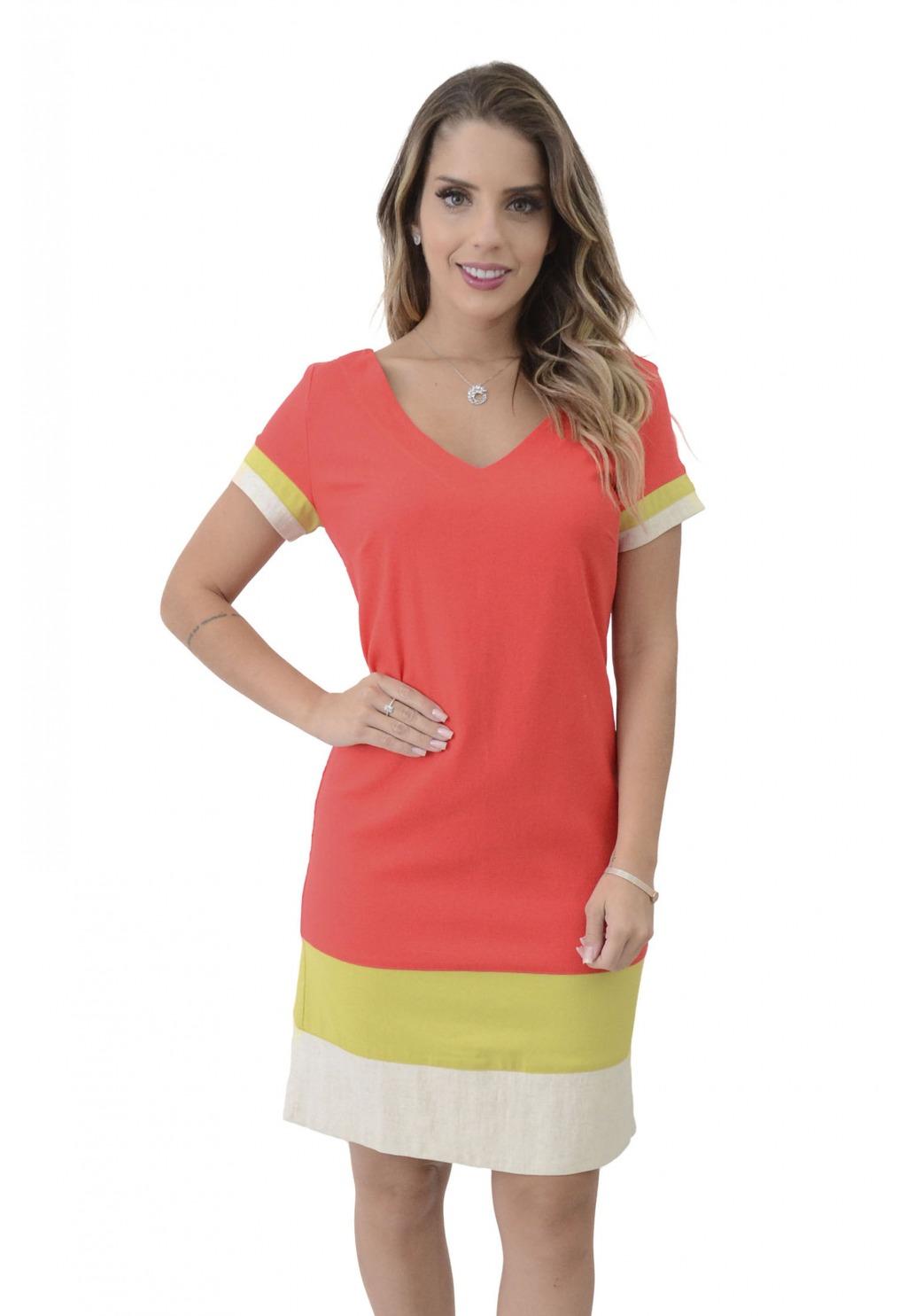 Vestido Mamorena com recortes coloridos