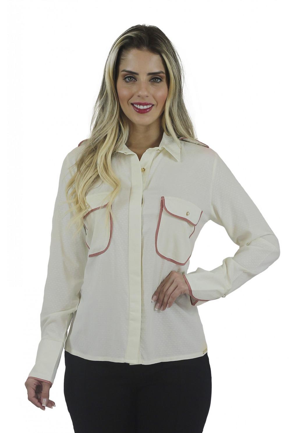 Camisa Mamorena com bolsos e detalhe vivos