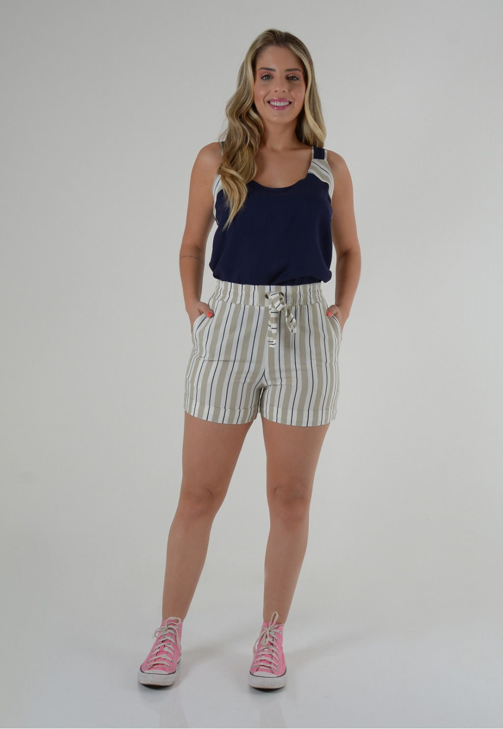 Conjunto Mamorena short listrado blusa cavada